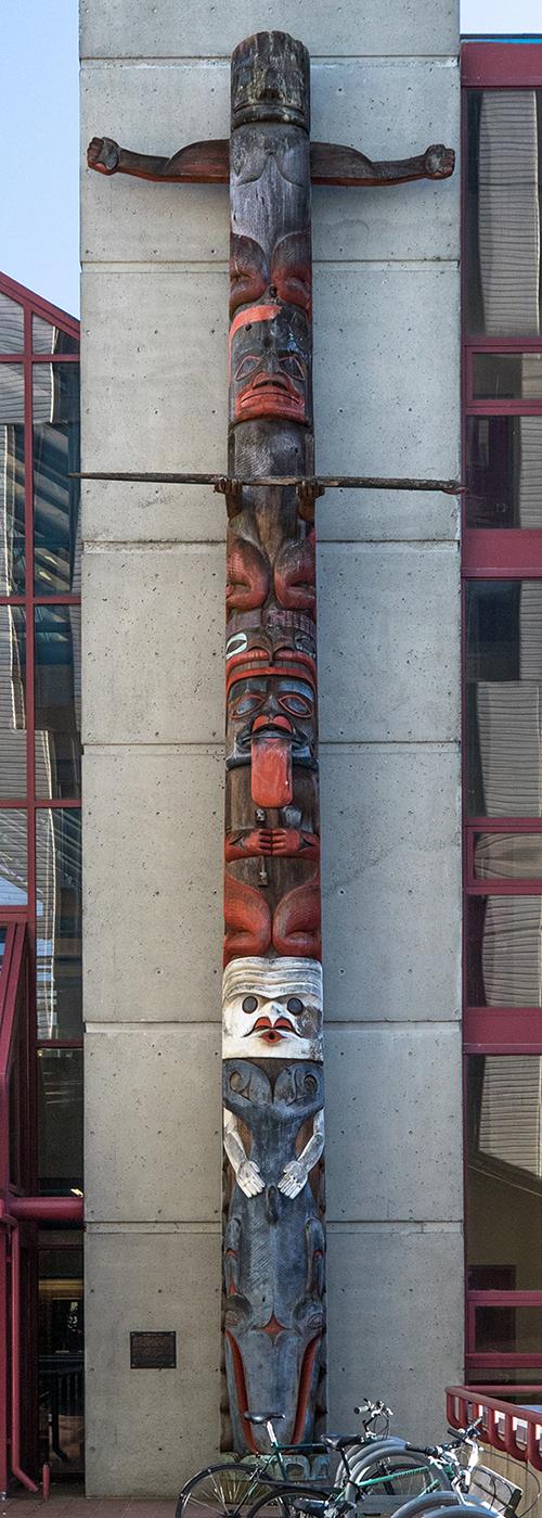Whaler's Pole portrait photo