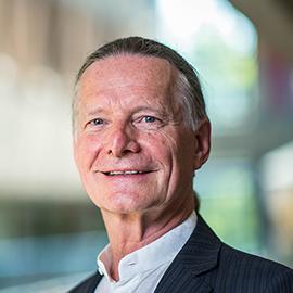 Dr. Peter Graf