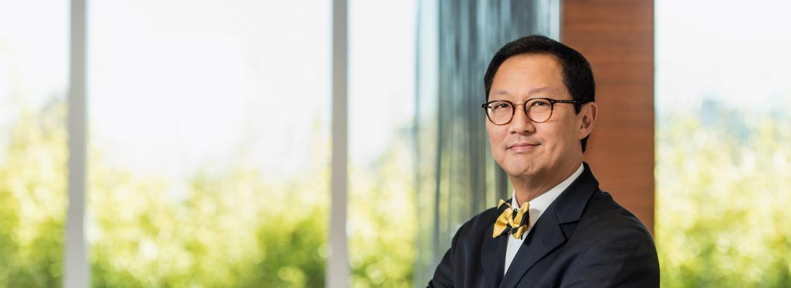 Professor Santa Ono