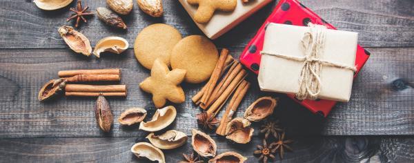 Cinnamon sticks with Christmas gifts