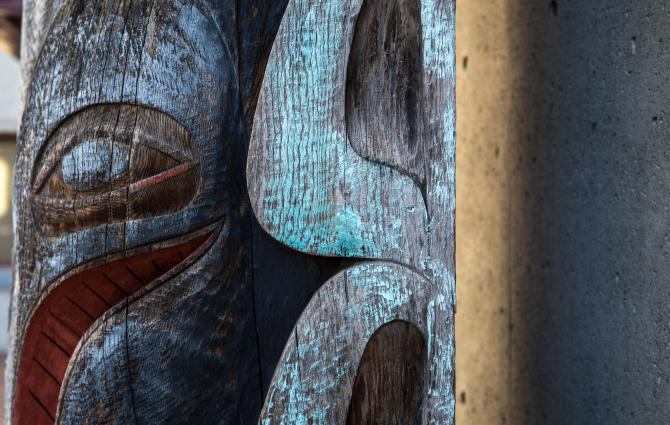 Whaler's Pole detail