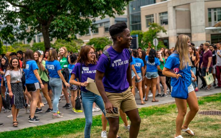 Orientation Leaders and Staff engaging students in activities
