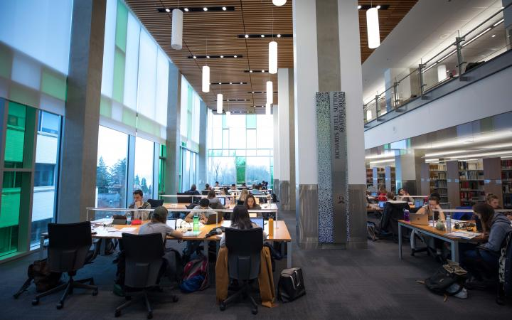 Law library study space