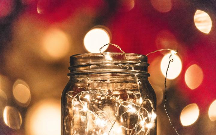 Fairy lights in a mason jar