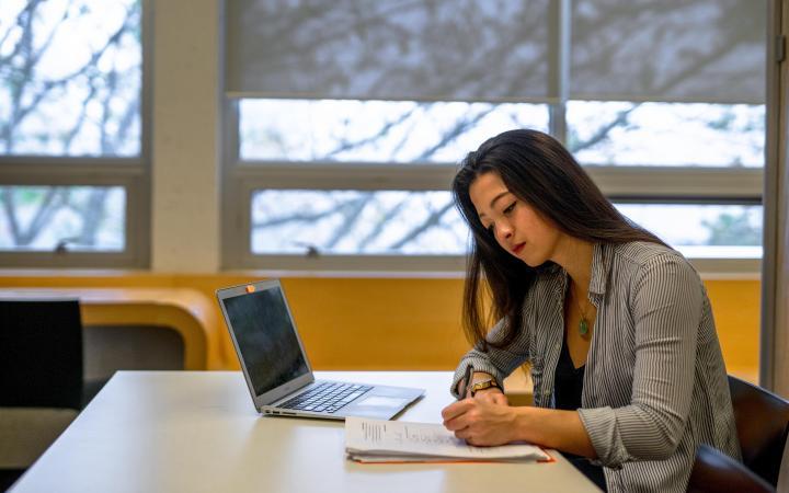 Student studying in Buchanan